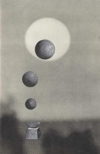 Trois lunes, Thaddée, collage sur papier, 23,5 x 15,2 cm, avril 2015, collection particulière